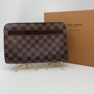 Louis Vuitton damier clutches wristlet UNISEX